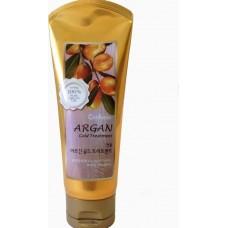 Увлажняющая маска с аргановым маслом и с золотом для поврежденных волос WELCOS CONFUME Argan Gold Tr